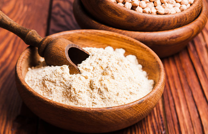 7.-Coconut-Milk-And-Gram-Flour