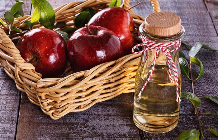 Apple-Cider-Vinegar-And-Coconut-Water