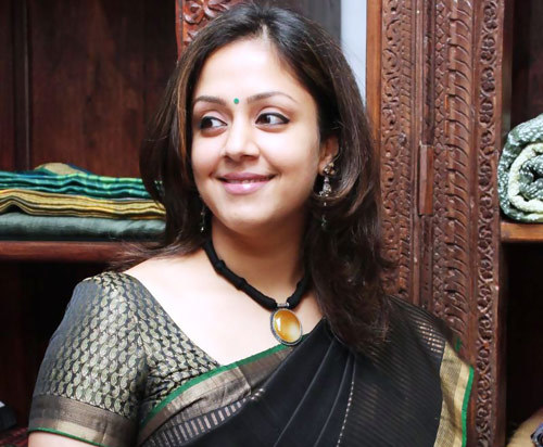 Jyothika Without Makeup at the Launch of Laxmi Sarees