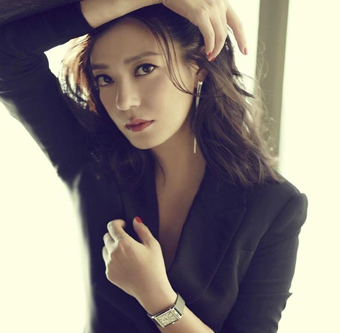 Zhao Wei - Beautiful Chinese Women No. 16