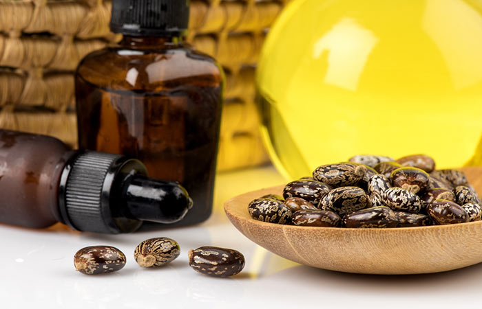 Castor-Oil-And-Cayenne-Pepper