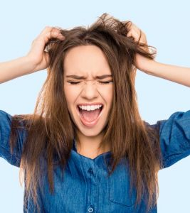 How To Treat Chronic Dandruff Completely
