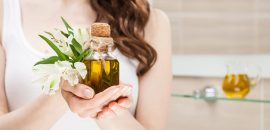 How-To-Use-Olive-Oil-To-Get-Glowing-Skin