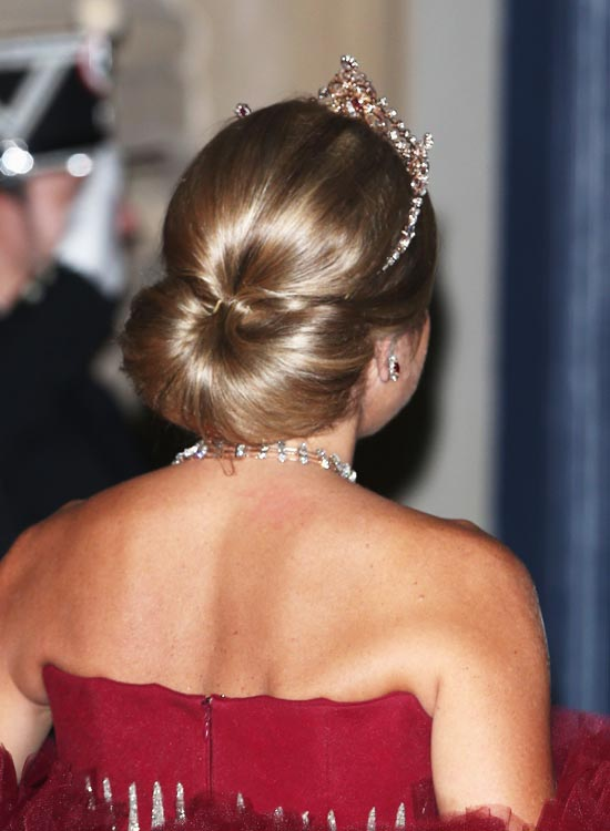 50 Bridal Hairstyle Ideas For Your Reception,Stanford D School Design Thinking Model