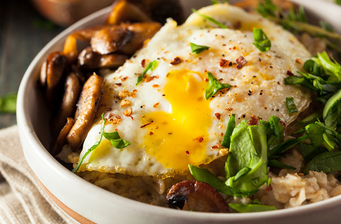 Recipe - Mexican-Style Oatmeal With Fried Egg