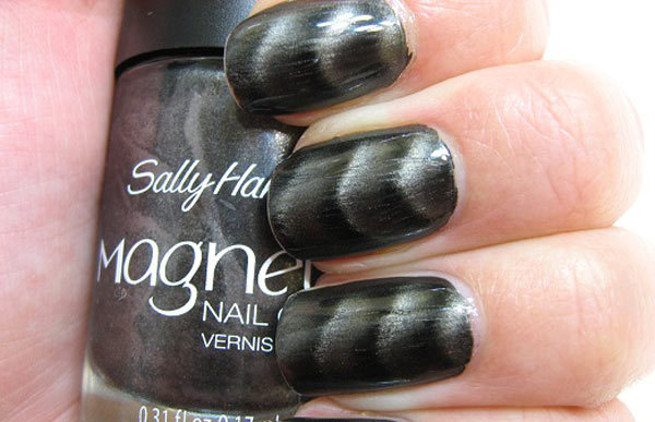 Sally Hansen Magnetic Nail Polish