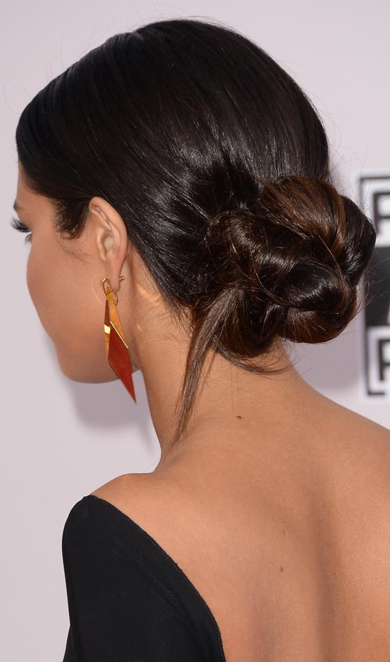Top 10 selena gomez hairstyles that you can try out too the chic updo pmusecretfo Gallery