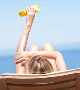 Top 10 Sunscreens For Dry Skin