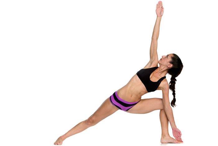 Trikonasana - Bikram Yoga