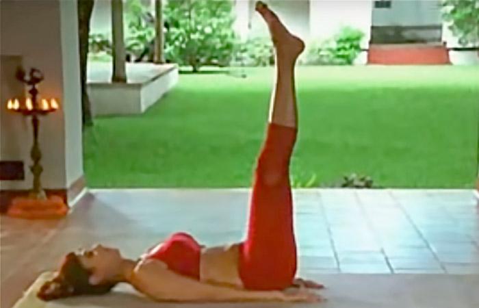6 Utthanpadasana To Improve Blood Circulation