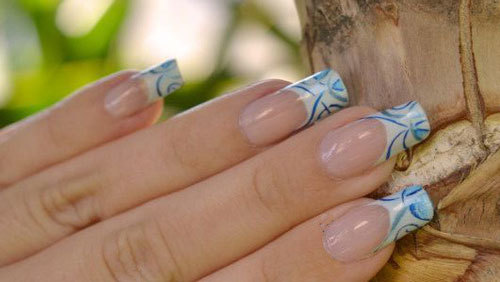 9. Airbrushed Nail Tips For French Nails