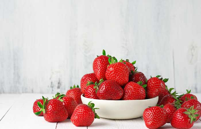 How To Get Rid Of Acne On Your Chin - Strawberries