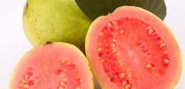 10-Benefits-Of-Eating-Guavas-During-Pregnancy