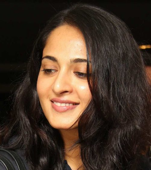 10 Pictures Of Anushka Shetty Without Makeup