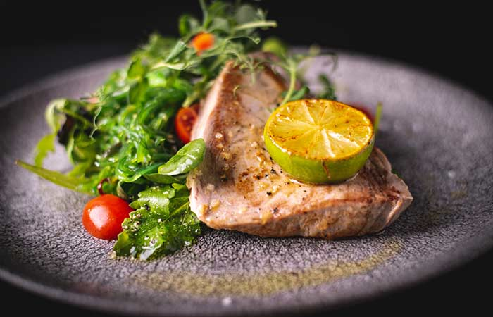2. Spinach Tuna Flaxseeds Salad