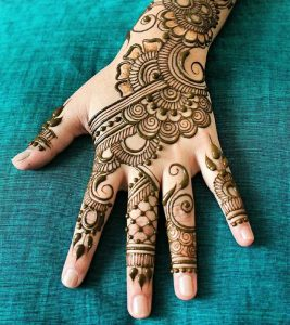 Top 10 Engagement Mehndi Designs You Should Try In 2018