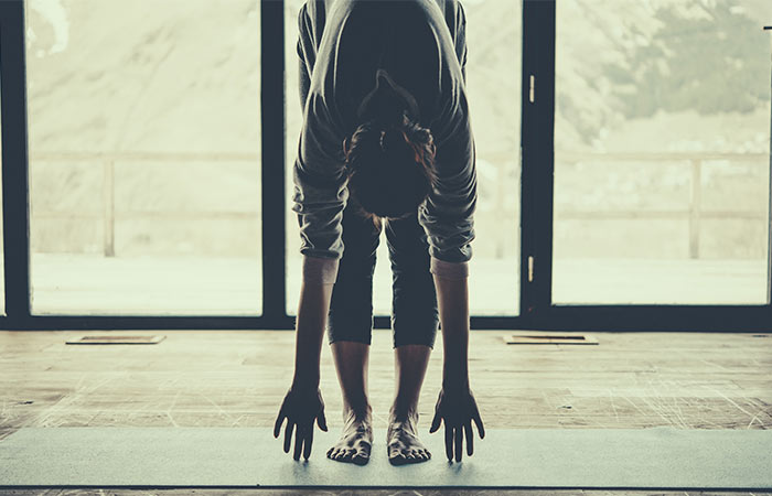 6-Calming-Yoga-Poses-That-Will-Help-Fight-Insomnia4