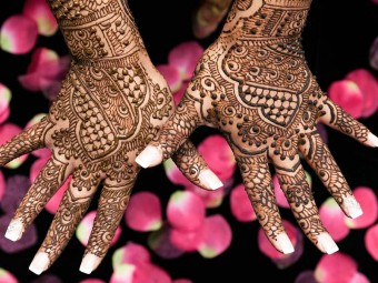 6348_Engagement-Mehndi-Designs-You-Should-Try