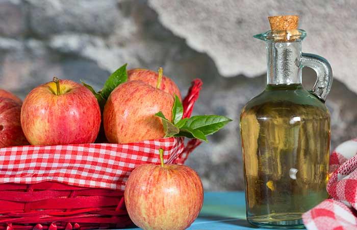 9. Apple Cider Vinegar Hair Treatment