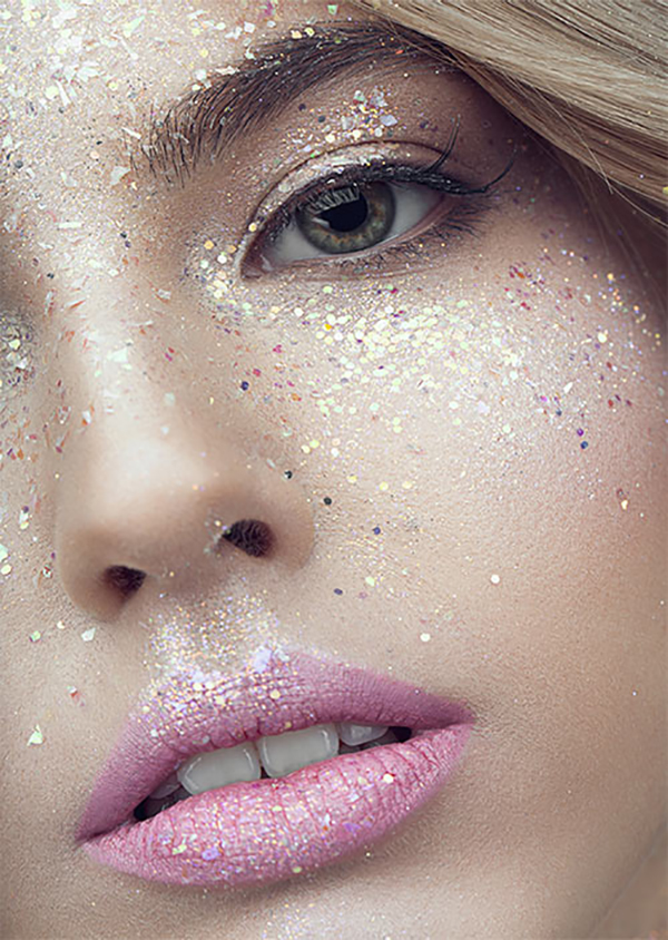 Common Makeup Mistakes And Beauty Blunders - 24. Too Much Glitter Is Not Gold