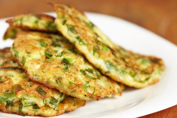 Low Calorie Breakfast - cucumber pancakes