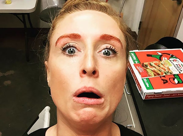Common Makeup Mistakes And Beauty Blunders - 7. Eyebrow Disaster