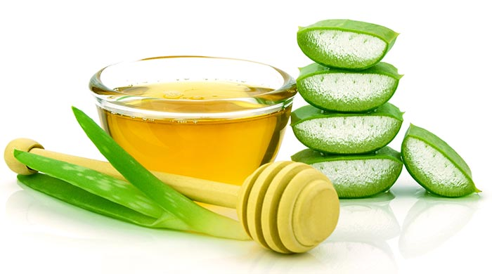 Honey-And-Aloe-Vera-For-Pimples