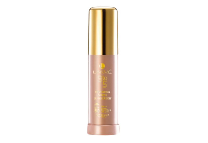 4. Lakme 9 To 5 Hydrating Super Sunscreen SPF 50 - Best Sunscreen For Oily Skin