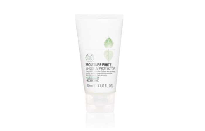 8. Moisture White Sunblock–The Body Shop - Best Sunscreen For Oily Skin