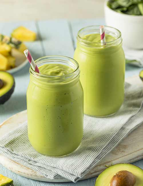 Low-Calorie Breakfast - Spinach Protein Smoothie