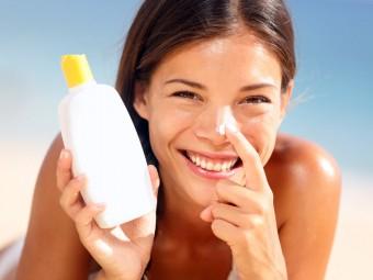 Sunscreen Lotions For Oily Skin