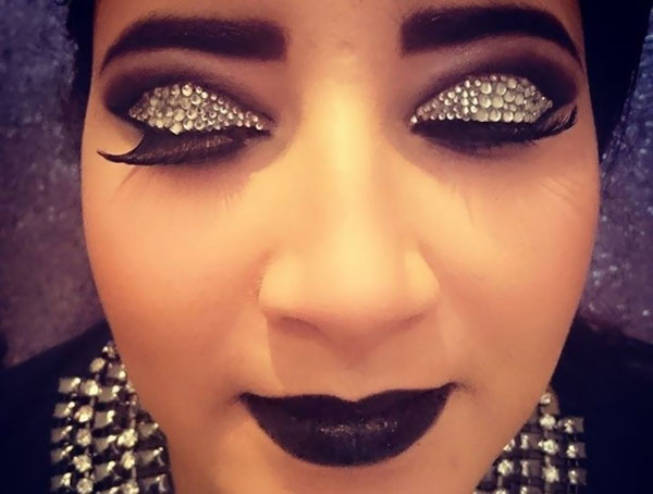 Common Makeup Mistakes And Beauty Blunders - 8. Unwanted Shimmer And Glitter