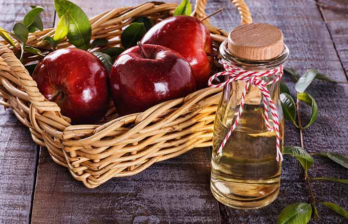 Home Remedies To Treat Food Poisoning - Apple Cider Vinegar