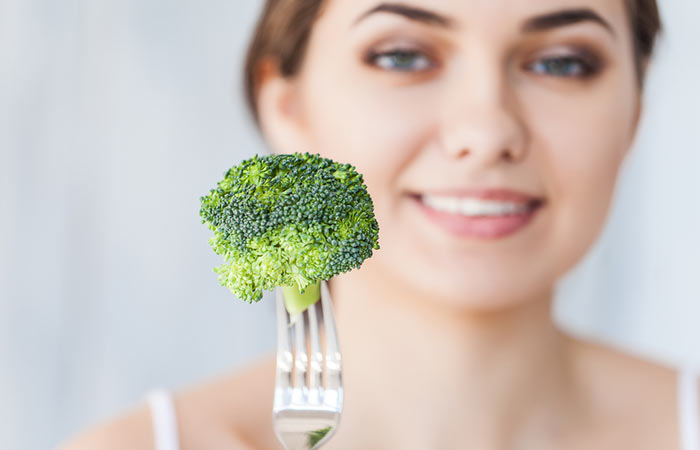 How To Increase Metabolism - Eat Broccoli