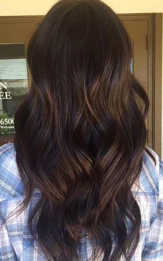 A Dark Auburn Balayage Brings Some Reddish Brown Warmth To This Deep Espresso Colored Hair If You Ve Got Naturally These Highlights Can