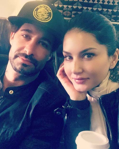 13. Sunny Leone's Travel Attire