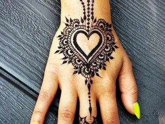 10 Most Loved Heart Henna Designs
