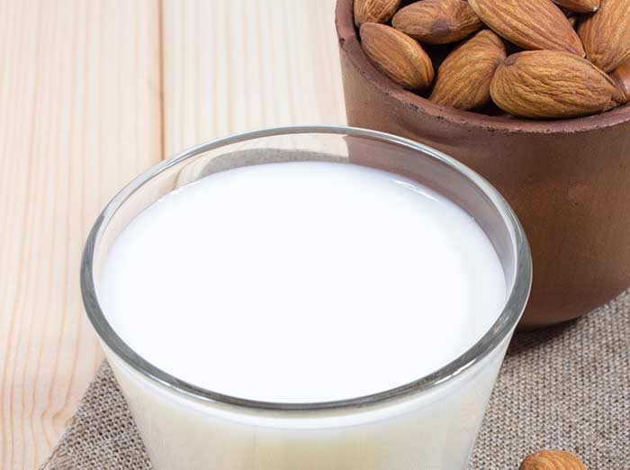 Milk, Almond, And Turmeric Pack For Dry Skin