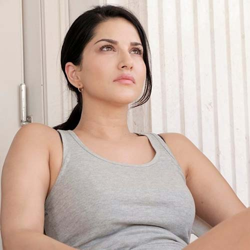 3. Post Workout - Sunny Leone without Makeup