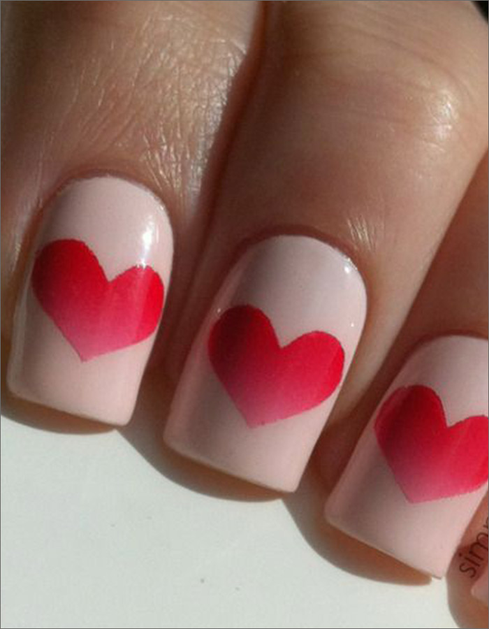 Valentine's Day Special Gradient Hearts - Red And Pink Nail Art