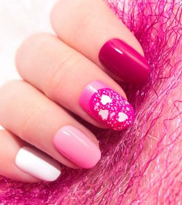 30 Pretty Pink Nail Art Designs with Tutorials