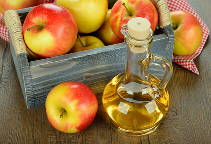 4. Apple Cider Vinegar For Mouth Ulcers