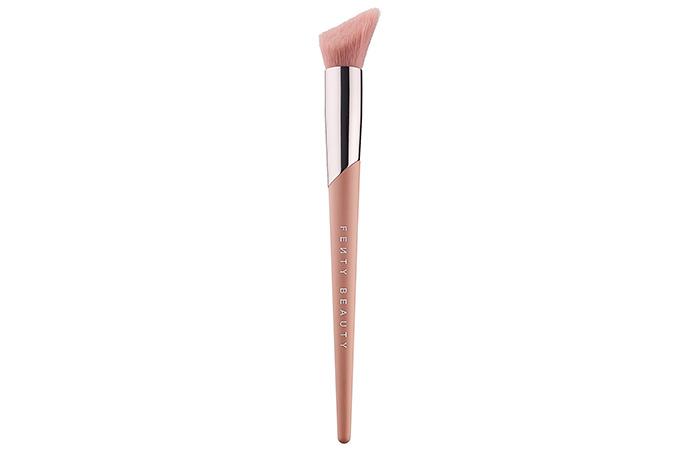 4. Fenty Beauty Cheek-Hugging Highlight Brush