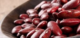 585_39 Amazing Benefits Of Kidney Beans (Rajma) For Skin Hair And Health_iStock-137896325