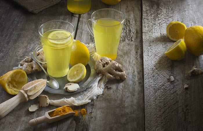 Gram Flour, Lemon Juice and Turmeric Pack For Acne Prone Skin