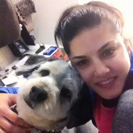 Sunny Leone (Without Makeup) With Her Pet