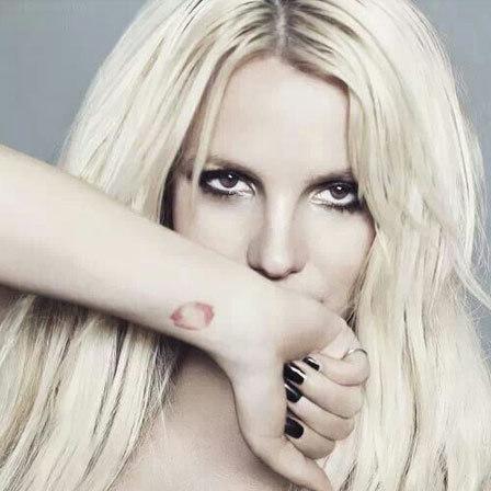 Britney Spears Pink Lips Tattoo