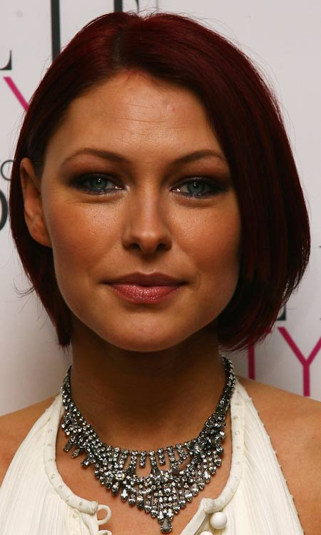 Chin-Length-Smooth-Bob-with-Tapered-Ends