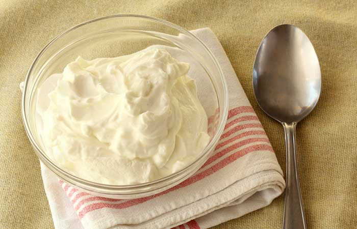 Best Metabolism Boosting Foods - Full-Fat Yogurt