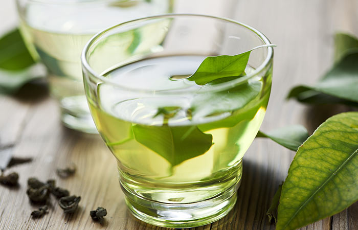 Green-Tea-Rinse-For-Hair-Breakage